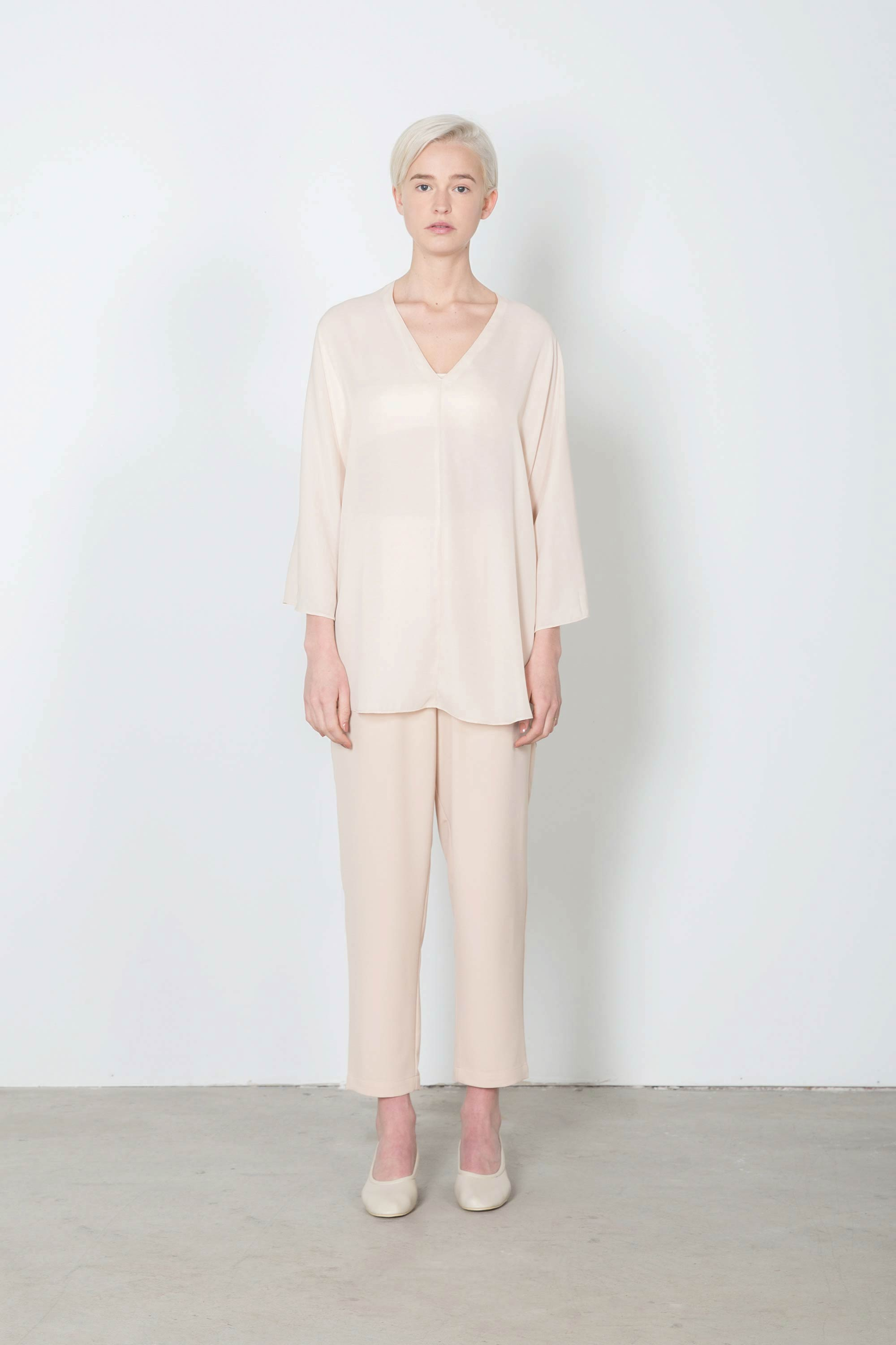 Blouse 2108 Nude 1