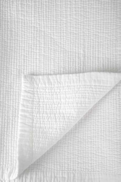 Cotton Fine Stitch Quilt 1873 White 2