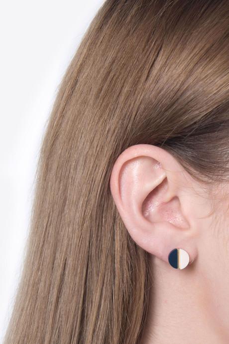 Earring H052 Black 4