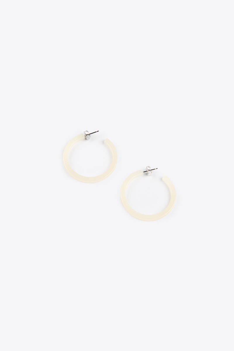 Earring H119 Cream 3
