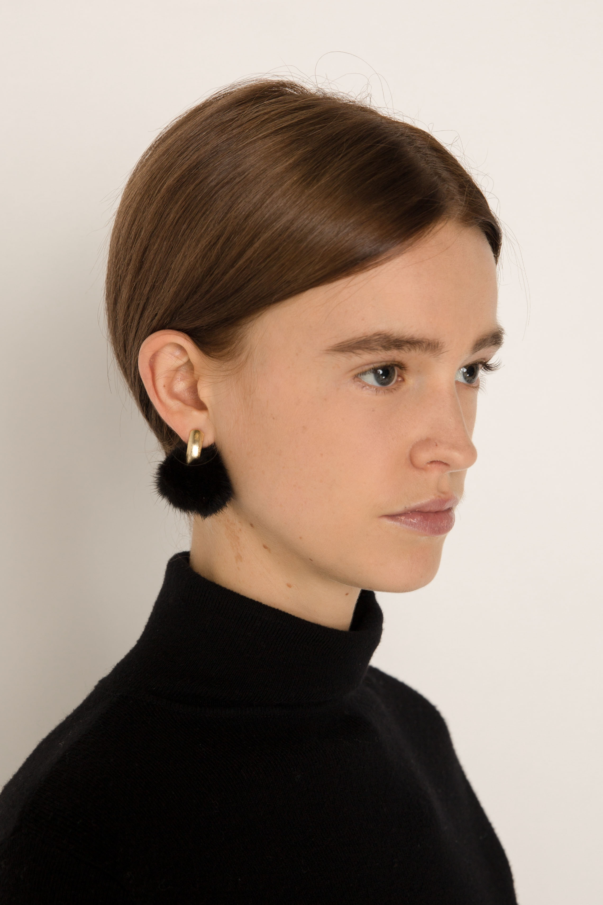 Earring H211