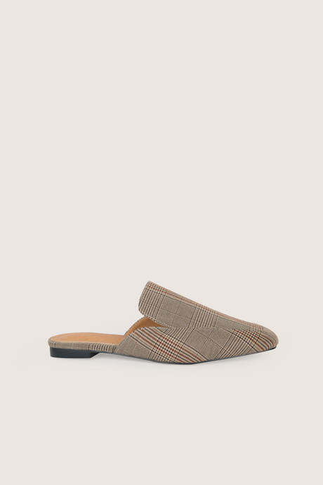 Flat Mule H006 Beige 1