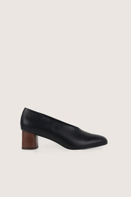 Heel 1509 Black 1