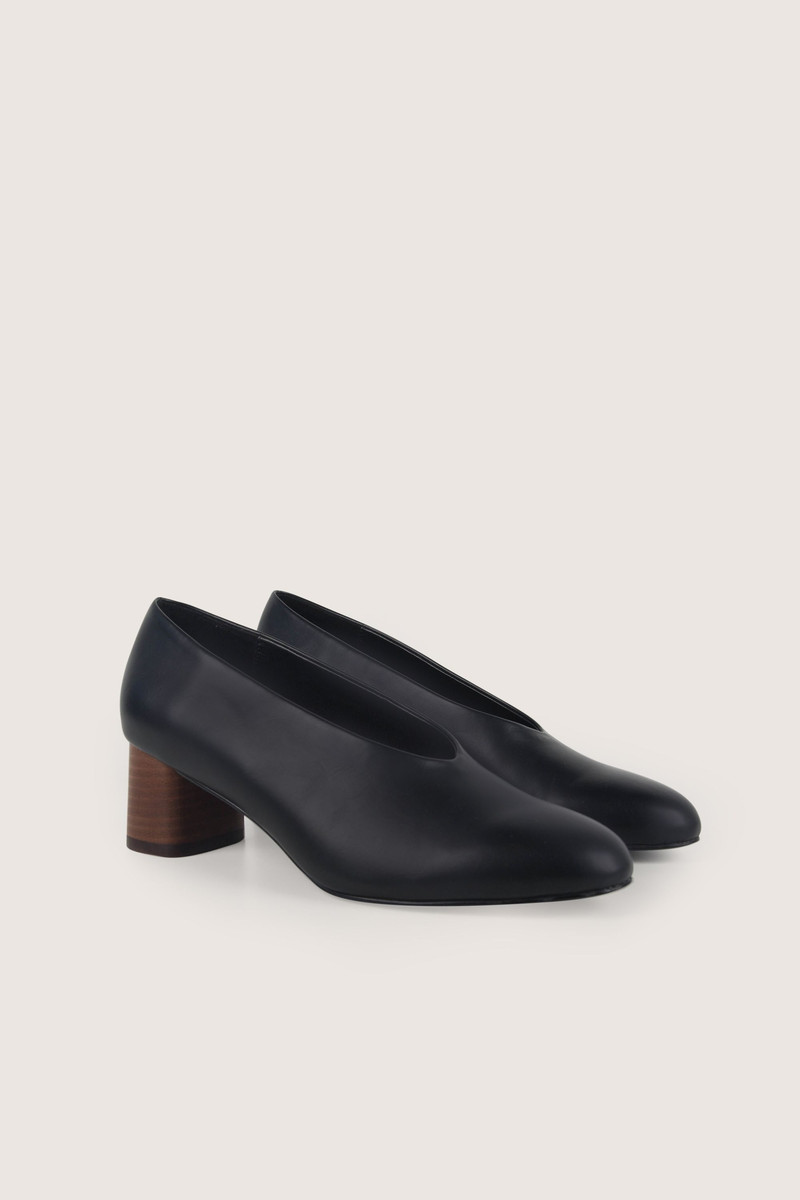 Heel 1509 Black 4