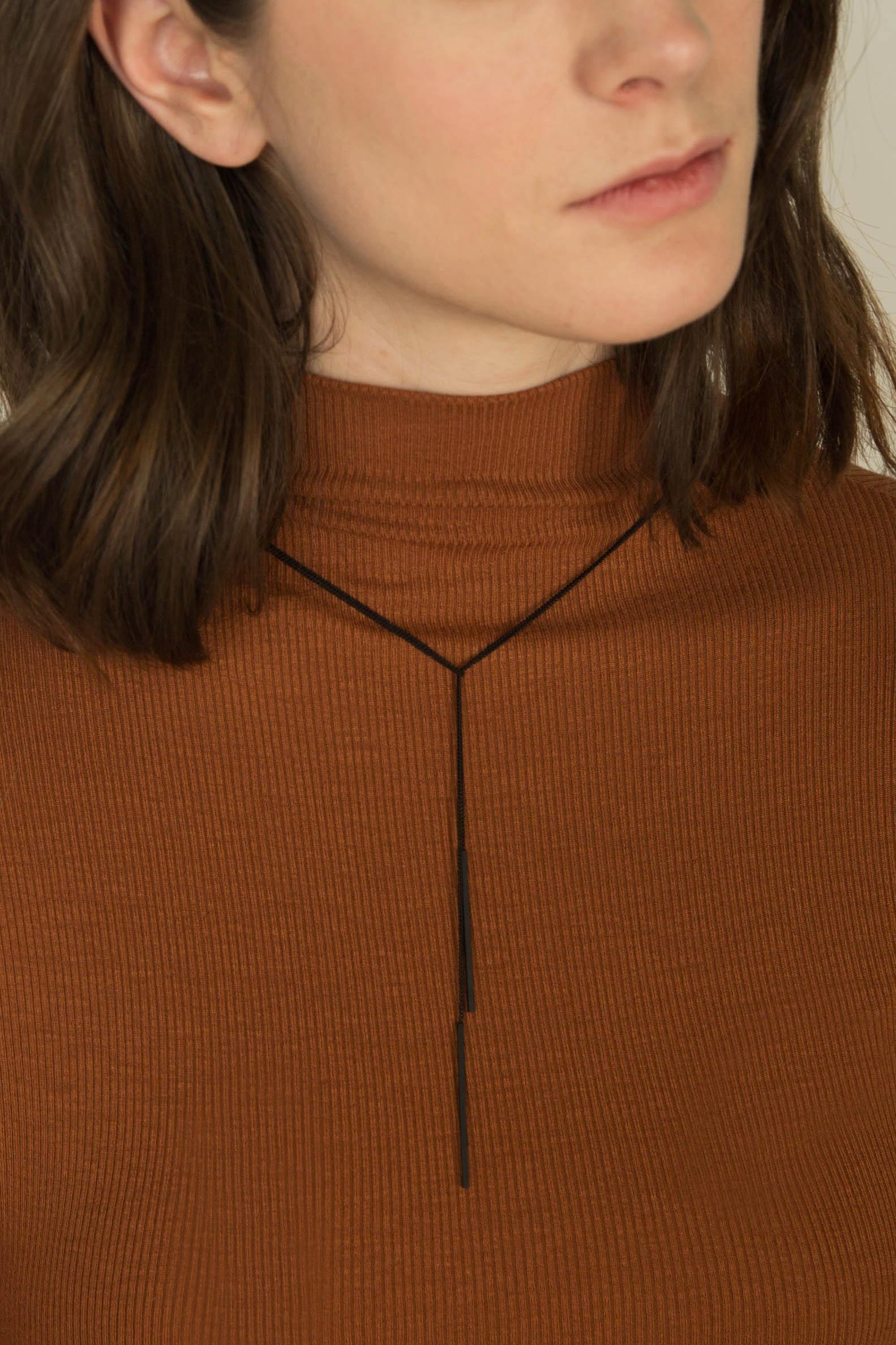 Necklace 2062 Black 1