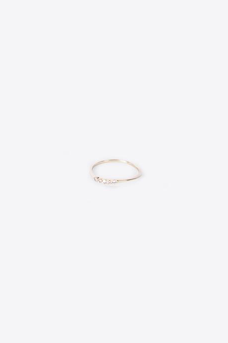 Ring H049