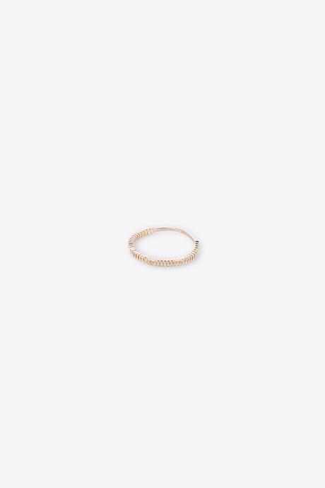 Ring H053