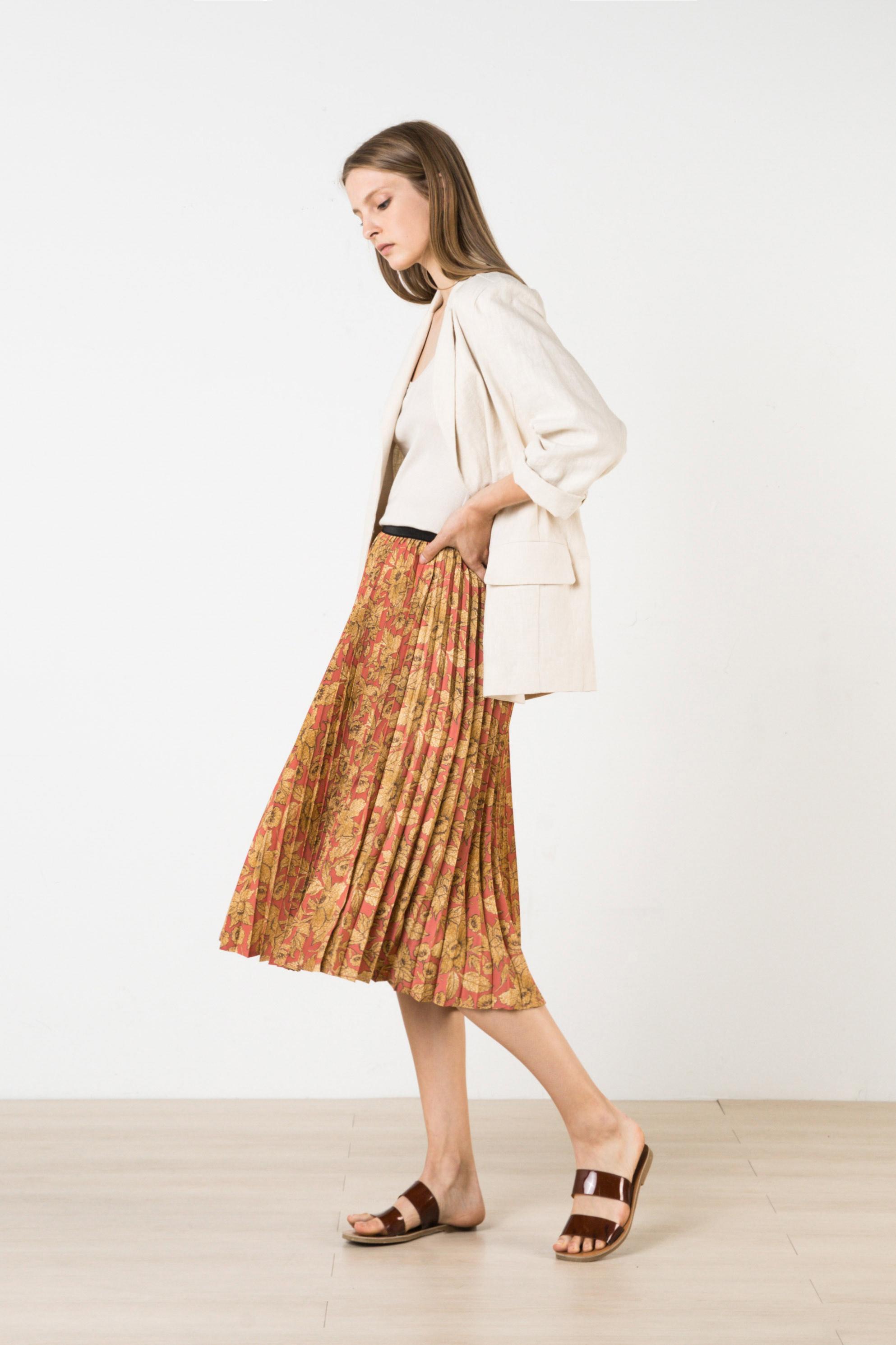 Skirt H250 Pink 1