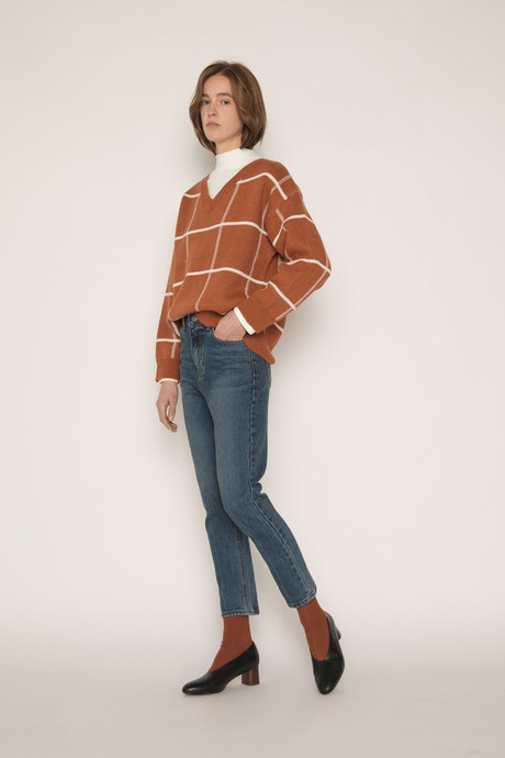 Sweater H067 Brown 1