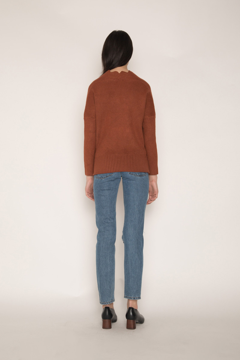 Sweater H069 Brown 4