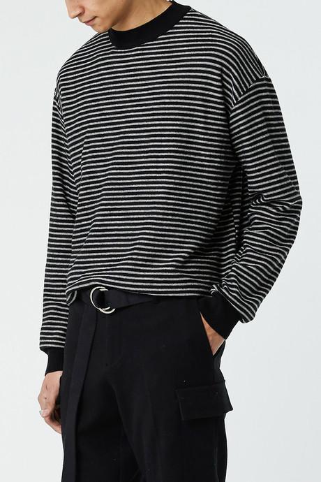 Sweater J001M Black 1